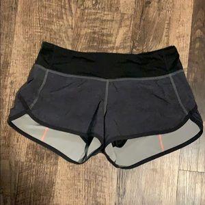 Size 4 lululemon shorts